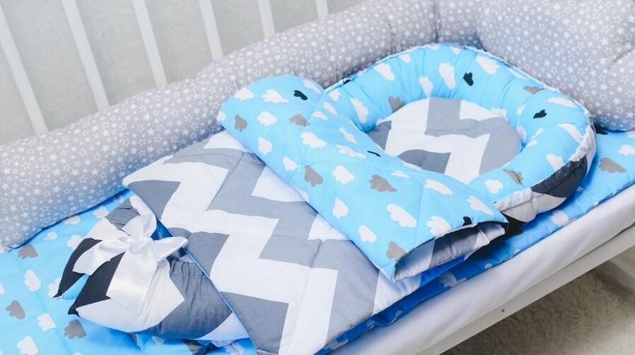 babynest i säng