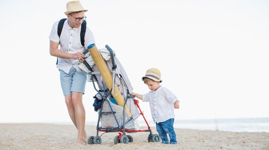 paraplyvagn på strand kan vara jobbigt